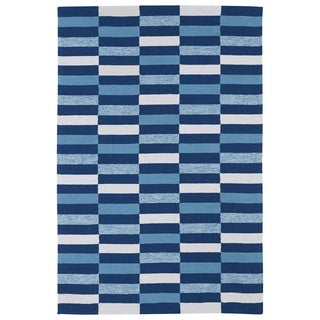 Indoor/ Outdoor Luau Blue Stripes Rug (7'6 x 9')
