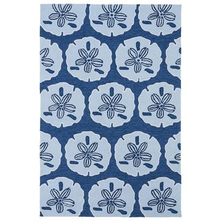 'Luau' Blue Sand Dollar Print Indoor/ Outdoor Rug (7'6 x 9')
