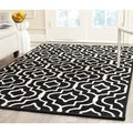 Safavieh Handmade Moroccan Cambridge Black/ Ivory Wool Rug (3' x 5')