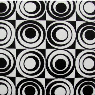Black/ White Circle Square Modern Ceramic Wall Tiles (Pack of 20)