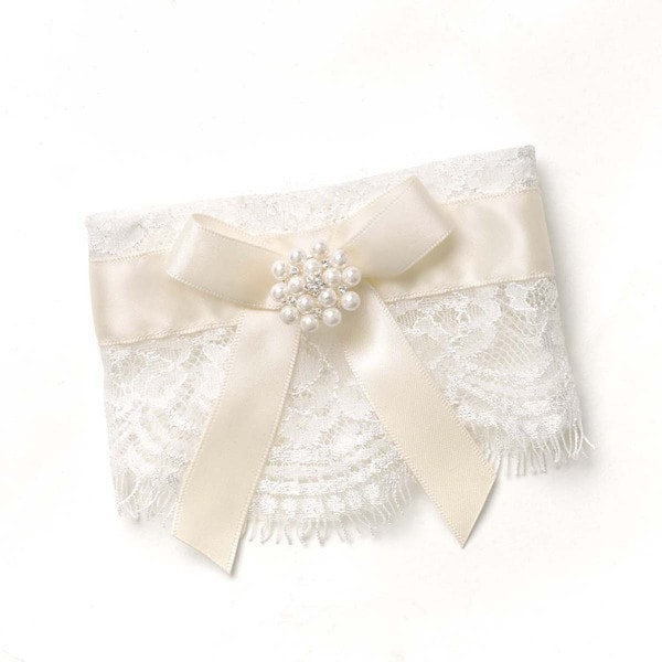Splendid Elegance Lace Candle Wrap
