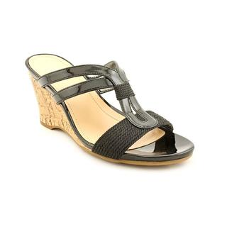 Mootsies Tootsies Women's 'Setter' Patent Sandals (Size 6 )