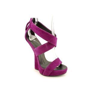 Giuseppe Zanotti Women's 'E30246' Regular Suede Sandals