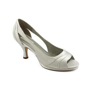 Dyeables Women's 'Harmony' Satin Dress Shoes