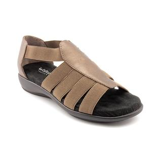 Walking Cradles Women's 'Sunny' Leather Sandals - Wide