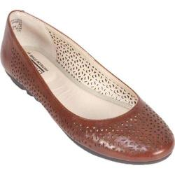 Women's Cliffs by White Mountain Belita Chestnut Smooth
