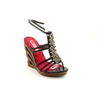 Two Lips Women's 'Affinity' Patent Sandals (Size 8 )