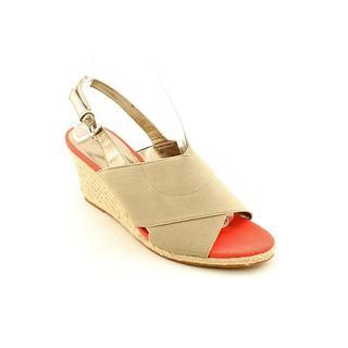 Tahari Women's 'Wanda' Synthetic Sandals (Size 10 )