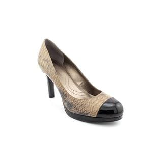 Tahari Women's 'Laura' Leather Dress Shoes