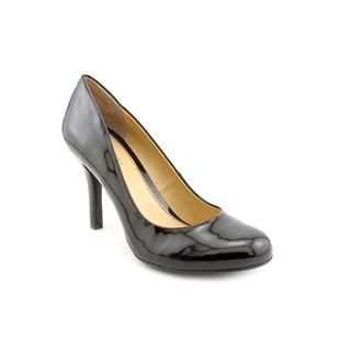 Mootsies Tootsies Women's 'Ideal' Patent Dress Shoes