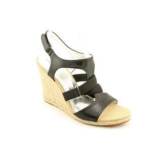 Tahari Women's 'Waverly' Leather Sandals