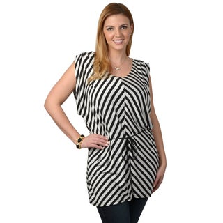 Tressa Designs Women's Contemporary Plus Striped V-neck Tunic Top