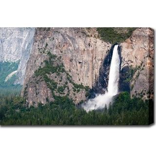 'Yosemite Falls' Canvas Art