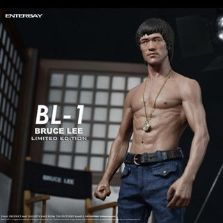 Enterbay Real Masterpiece Black Label Bruce Lee Statue