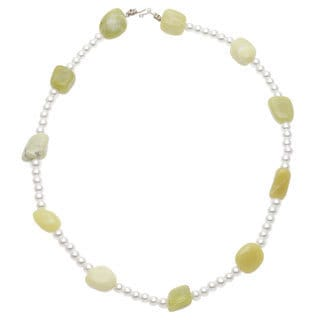 Handmade 'Lady Mae' Green/ White Jade Necklace