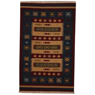 Indo Hand-woven Turkish Kilim Ivory/ Red Wool Rug (5' x 8')