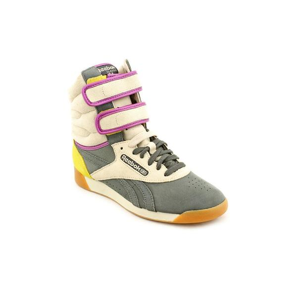 Reebok Women's 'F/S Dubble Bubble' Regular Suede Athletic Shoe (Size 6.5 )