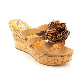 Two Lips Women's 'Radiance' Man-Made Sandals