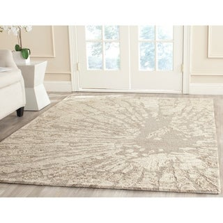 Safavieh Handmade Bella Winter Taupe Wool Rug (5' x 8')