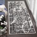 Safavieh Adirondack Silver/ Black Rug (2'6 x 8')