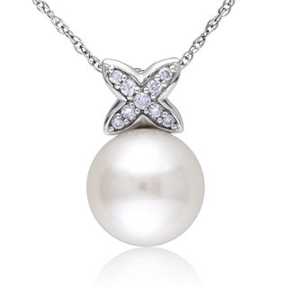 Miadora 10k white Gold Freshwater Pearl and Diamond Necklace (9-9.5 mm)