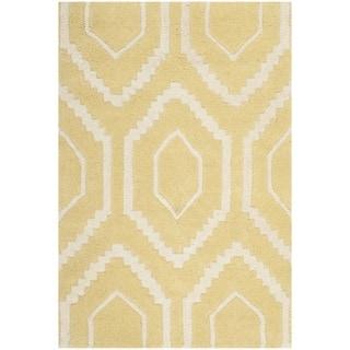 Safavieh Handmade Moroccan Chatham Light Gold/ Ivory Wool Rug (2'3 x 5')
