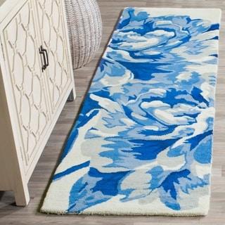 Isaac Mizrahi by Safavieh Porcelain Flower Ivory/ Blue Wool Rug (8' x 10')