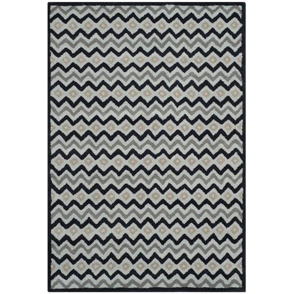 Isaac Mizrahi by Safavieh Black Cravat Grey/ Black Wool Rug (4' x 6')