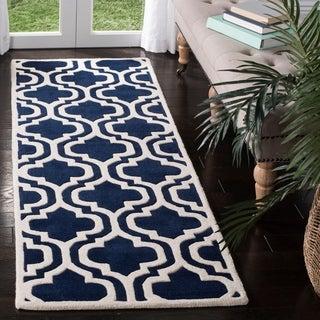 Safavieh Handmade Moroccan Chatham Dark Blue/ Ivory Wool Rug (2'3 x 11')