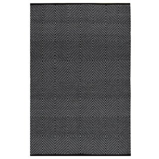 Indo Hand-woven Zen Bright White/ Black Geometric Area Rug (8' x 10')