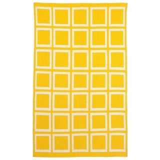 Indo Hand-woven Sunny Mimosa Yellow/ Bright White Geometric Flat-weave Area Rug (6' x 9')