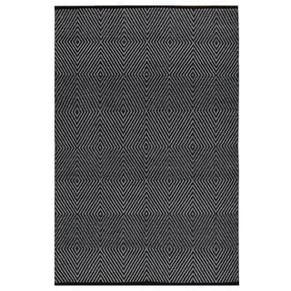 Indo Hand-woven Zen Bright White/ Black Geometric Flat-weave Area Rug (4' x 6')