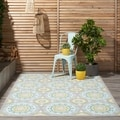 Waverly Sun and Shade Jade Indoor/ Outdoor Rug (10' x 13')