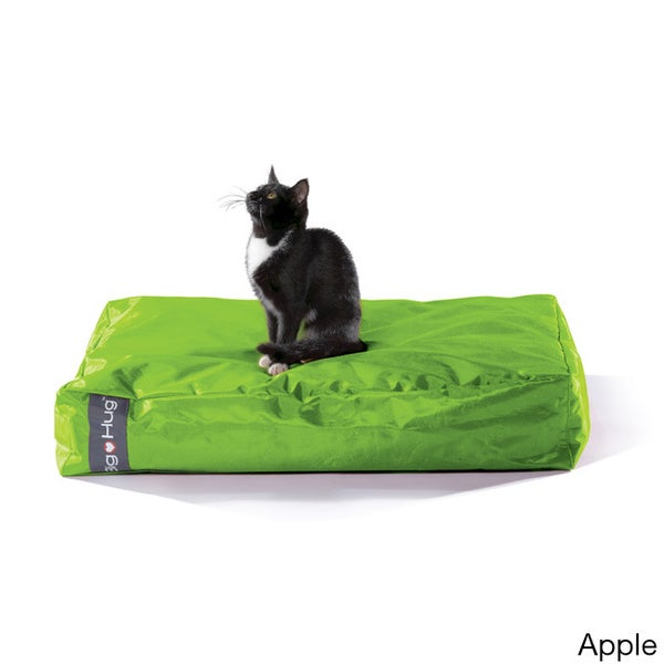 Big Hug Luxury Eco-friendly Pet Bed (31 x 23)