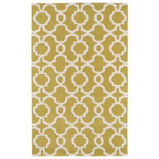 Hand-tufted Cosmopolitan Trellis Yellow/ Ivory Wool Rug (9'6 x 13')