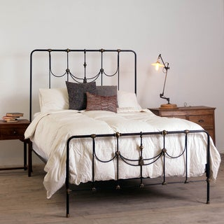 Amelia Dark Lacquer-finished Iron Queen Bed (India)
