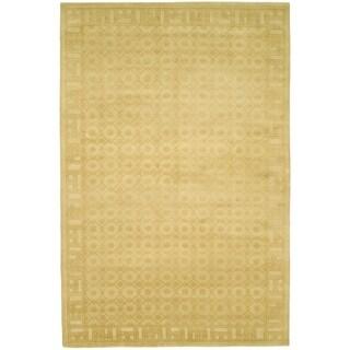 Safavieh Hand-knotted Nepalese Beige/ Gold Wool/ Silk Rug (6' x 9')