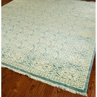 Safavieh Hand-knotted Peshawar Vegetable Dye Light Blue/ Light Blue Wool Rug (6' x 9')