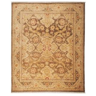 Safavieh Hand-knotted Peshawar Vegetable Dye Olive/ Gold Wool Rug (6' x 9')