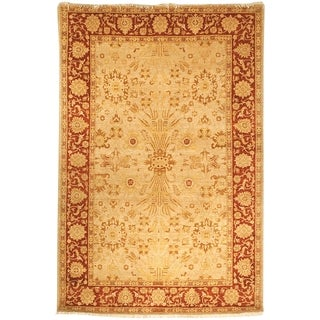 Safavieh Hand-knotted Peshawar Vegetable Dye Gold/ Red Wool Rug (12' x 15')
