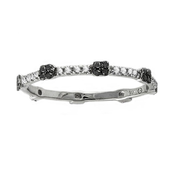 Beverly Hills Charm 10k White Gold 1/6ct Black and White Diamond Stackable Eternity Band Ring (H-I, I2-I3)