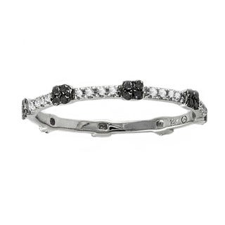 Beverly Hills Charm 10k White Gold 1/6ct Black and White Diamond Stackable Ring (H-I, I2-I3)