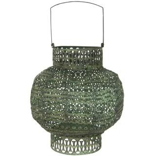 Handmade Green Antiqued Wrought Iron Lantern (China)