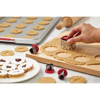 Cake Boss Decorating Tools Red Holiday 6-piece Linzer Cookie Cutter Set