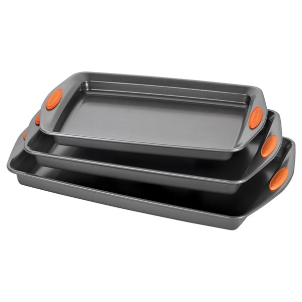 Rachael Ray Yum-o! Nonstick Bakeware 3-piece Oven Lovin' Cookie Pan Set, Grey with Orange Silicone Grips