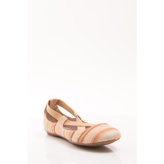 Gomax Women's 'Sienna 32' Natural Striped Criss-cross Flats