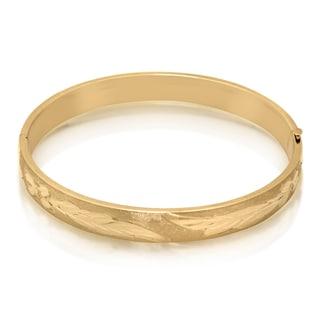 Gioelli 14k Yellow Gold Diamond-cut Bangle Bracelet