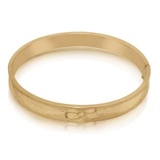 Gioelli 14k Yellow Gold Leaf Diamond-cut Bangle Bracelet