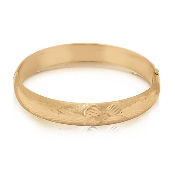 Gioelli 14k Yellow Gold Wide Flower Diamond-cut Bangle Bracelet