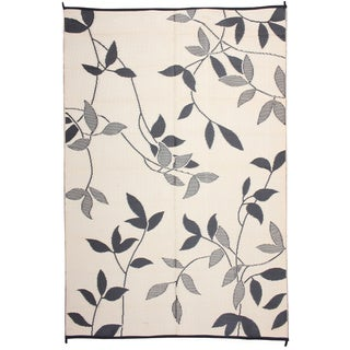 Royal Sun Black/ White Leaf Reversible Patio Mat (6' x 9')